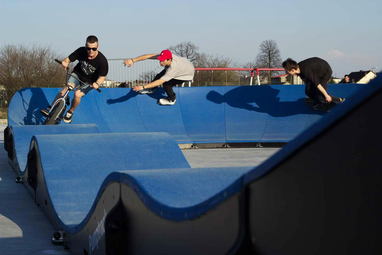 Pumptrack mobilny - sportowa atrakcja dla młodzierzy